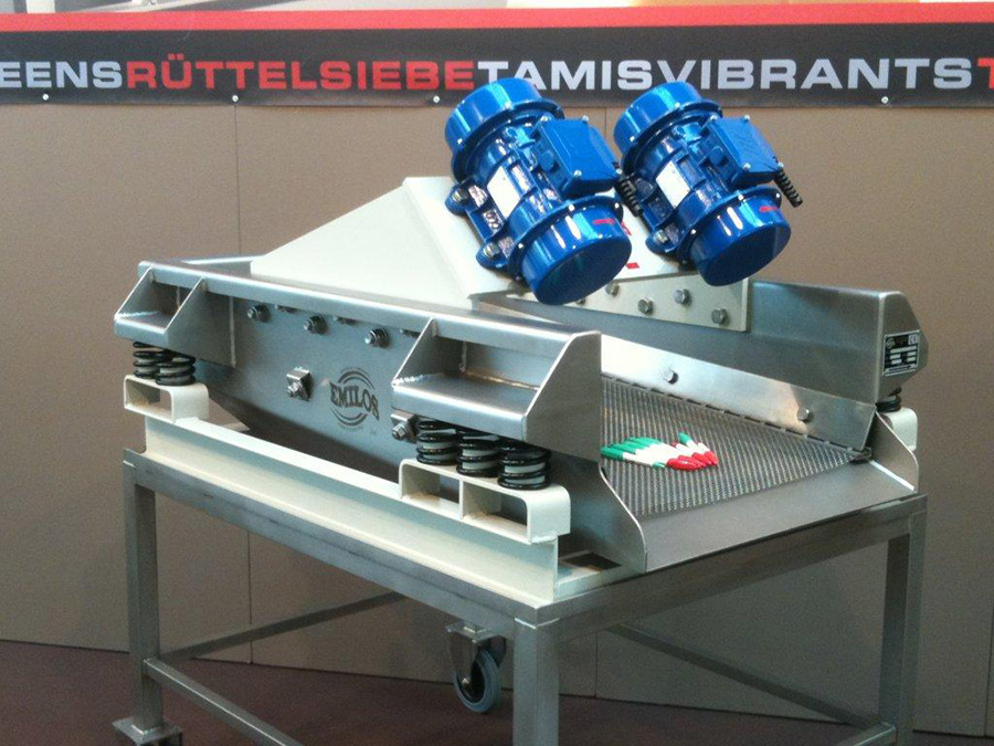 VIBRATORY SCREEN  FOR TILE INDUSTRY WITH TWIN POWTEK ELECTRIC VIBRATORS